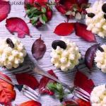 Muffinki z biala czekolad...