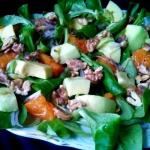 Salatka z awokado, pomara...