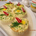 Muffinkowe jajka w sosie...