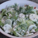 Zielona sałatka z sosem...