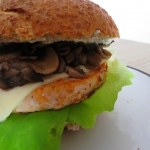 Łososiowy burger z...