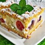 Ciasto z budyniem i owoca...