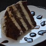 Śmietankowy tort z czerw...