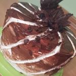 Tort czekoladowy z owocow...