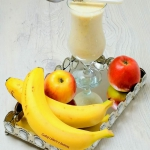 Shake bananowy z mango