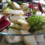 Salatka z gruszka i serem...