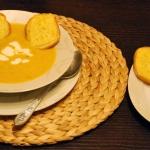 Zupa: krem cukiniowo-dyni...