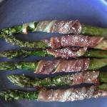 Szparagi z szynka surowa ...