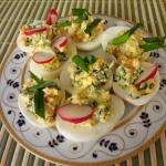 Jajka z pasta lososiowa