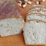 Chleb z orzechami brazyli...
