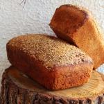 Chleb z dodatkiem maki ja...