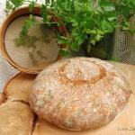 Chleb z natka pietruszki ...