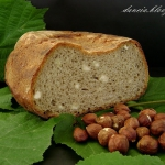 Chleb zytni z orzechami l...