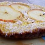 Omlet otrebowy z jablkiem...