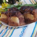 Czekoladowe ciasto z grus...