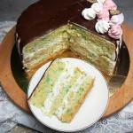 Prosty tort gruszkowy