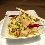 Kurczak po tajsku z makar...