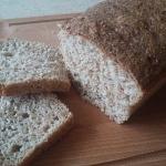 Chleb z otrebami pszennym...