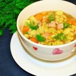 Zupa grochowa z bekonem