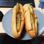 Polskie hot dogi z...