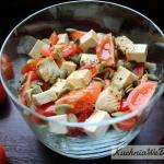 Salatka zwedzonym tofu
