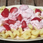 Truskawki z makaronem