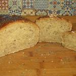 Chleb z surowymi...
