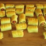 Gisia i mini hot dogi