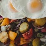 Salatka z bobem i ziemnia...