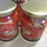 Pomidory z cebulka na zim...