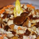 Salatka sledziowa z orzec...