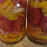 Sałatka z pomidorami w...