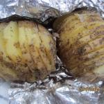 Młode ziemniaki z...