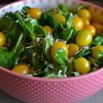 Salatka z pomidorami kokt...