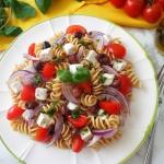 Makaronowa salatka z feta...