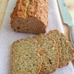 Razowy soda bread z...