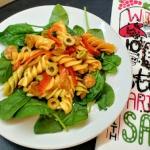 Makaronowa salatka z hisz...