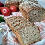 Chleb pelnoziarnisty ze s...