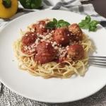 Spaghetti z pulpetami w...