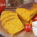 Chlebek dyniowy z makiem