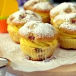 Rabarbarowe muffinki z bu...