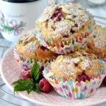 Waniliowe muffiny z malin...