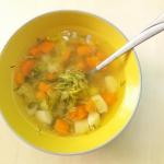 Wiosenna zupa ogorkowa