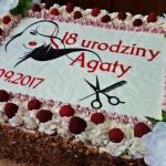 Tort orzechowo - malinowy