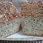 Chleb codzienny z ziarnam...