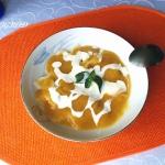 Zupa brzoskwiniowa na...