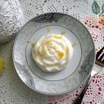Cytrynowy deser jogurtowy