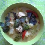 Warzywna zupa tajska z ku...