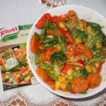 Warzywa z sosem na cieplo...