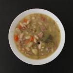 Zupa fasolowa (fasolowka)...